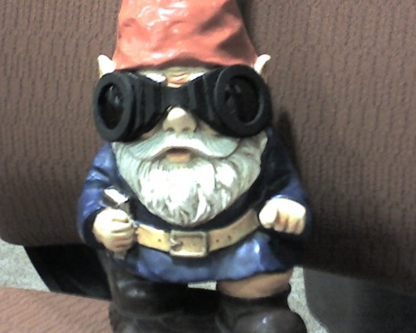 library gnome as Riddick